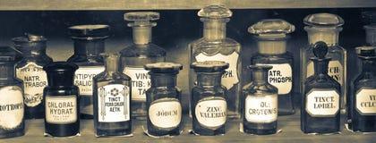 Старый музей фармации стоковые изображения rf