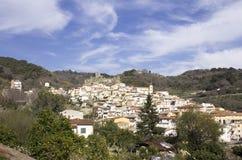 Старый нормандский замок ` s, и средневековый город, Lamezia Terme, Калабрия, Италия стоковое изображение rf