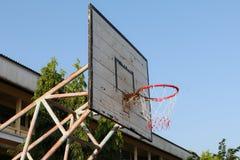 Старый обруч баскетбола Стоковое Изображение RF