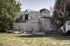 Старый, огорченный, покинутый домой Стоковая Фотография RF