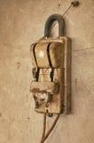 Старый пакостный нож переключателя стены Стоковая Фотография
