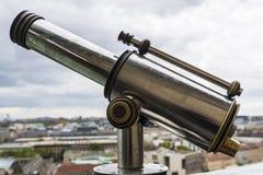 Старый панорамный телескоп в соборе Берлина в Германии Стоковые Фотографии RF