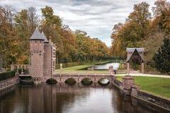 Старый парк в осени Стоковая Фотография
