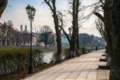 Старый парк города с фонариком Стоковое Изображение