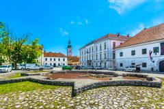 Старый пейзаж в Karlovac, Хорватии стоковое фото rf