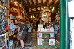 Старый перекупной книжный магазин стоковое изображение rf