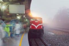 Старый поезд в станции на национальном парке Alishan Стоковые Изображения RF