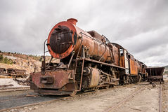 Старый покинутый локомотивный поезд Стоковая Фотография