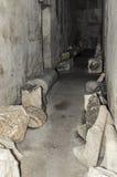 Старый покинутый подвал в замке Стоковое Изображение RF