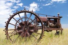 Старый покинутый трактор Стоковая Фотография