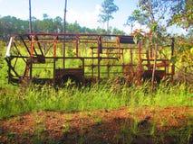 Старый получившийся отказ железный каркас автобуса только стоковое изображение rf