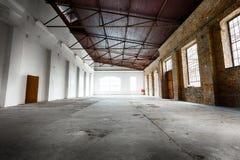 Старый пустой склад Стоковое Изображение RF