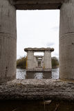 Старый разрушанный мост стоковые изображения rf
