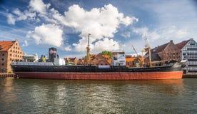 Старый распаровщик в гавани Стоковые Фото
