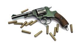 Старый револьвер с патронами Стоковое Фото
