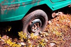 Старый ретро автомобиль стоковое изображение rf