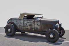 Старый ржавый автомобиль Стоковое Изображение