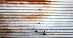 Старый ржавый гальванизированный цинк Стоковое Фото