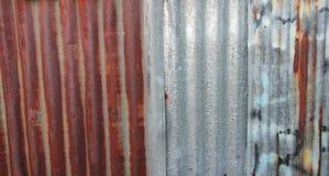 Старый ржавый гальванизированный цинк Стоковое Изображение RF