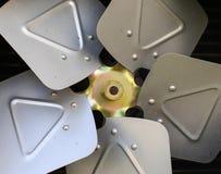 Старый ржавый кондиционер воздуха Стоковые Фотографии RF