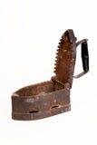 Старый ржавый утюг угля изолированный на белизне Стоковые Фотографии RF