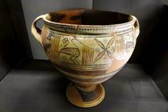Старый римский керамический контейнер Стоковое фото RF
