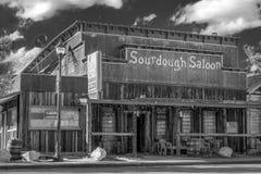 Старый салон Sourdough в Beatty - BEATTY, США - 29-ОЕ МАРТА 2019 стоковая фотография rf