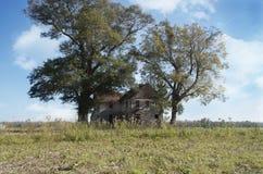 Старый сельский дом Стоковая Фотография RF