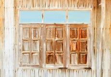 Старый, стена grunge деревянная используемая как предпосылка Стоковые Изображения RF