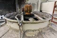 Старый стояк водяного охлаждения Стоковая Фотография