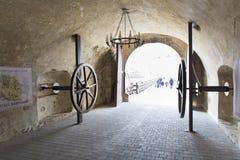 Старый строб - туристский вход стоковая фотография rf