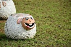 Старый стул овец Стоковая Фотография