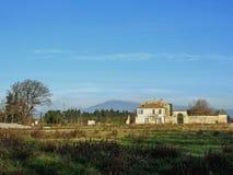 Старый типичный дом сельской местности в Провансали, южной Франции стоковое фото rf