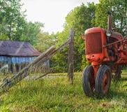 Старый трактор Стоковые Фото