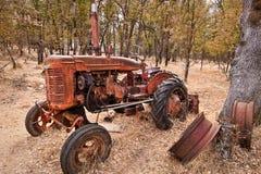 старый трактор 2 Стоковое Фото