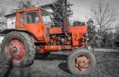 Старый трактор Стоковые Изображения RF