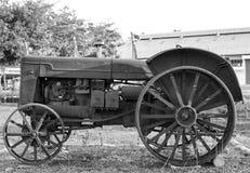 Старый трактор Стоковая Фотография RF