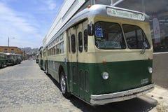 Старый троллейбус в Вальпараисо Стоковое фото RF