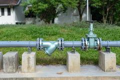 Старый трубопровод водоснабжения стоковая фотография