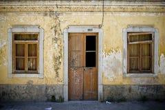 Старый фасад в Португалии стоковое изображение