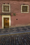 Старый фасад дома, Прага, чехия Стоковые Фотографии RF