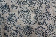 Старый флористический дизайн на ткани Стоковое Изображение RF
