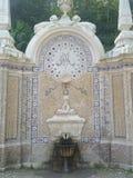 Старый фонтан столетия женщины XIX статуи Стоковое Изображение RF
