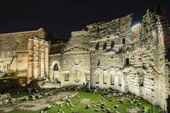 Старый форум Augustus в Риме стоковое фото rf