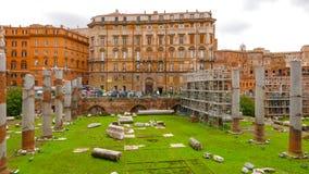 Старый форум Trajan в Риме стоковое фото