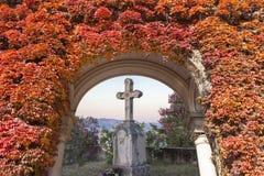 Старый христианский крест сделанный камня Стоковые Фото