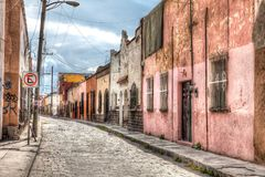 Старый центр города улицы San Luis Potosi, Мексики стоковая фотография
