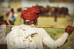 Старый человек Rajasthani с красным тюрбаном Фестиваль-Pushkar Стоковое фото RF