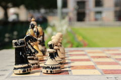 Старый шахмат на улице в Праге Стоковая Фотография RF