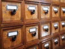 Старый шкаф аптекаря стоковое фото rf